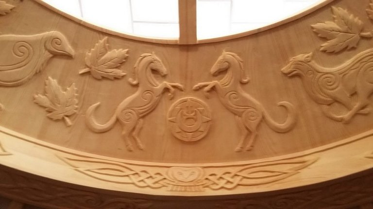 beautiful carved crown of yurt